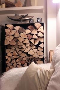 Brennholz Kaminlounge