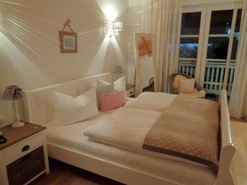 Doppelbett Familienzimmer