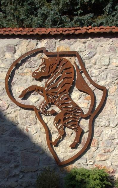 Logo im Außenbereich