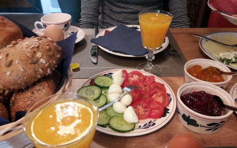 feines Frühstück