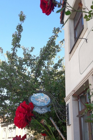 Rosen an der Außenfassade