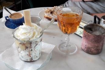 Eis und Kuchen