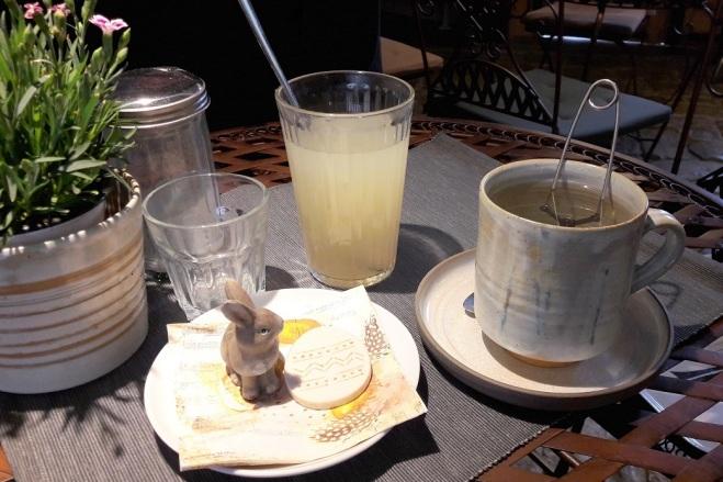 Tee und selbstgemachte Limo