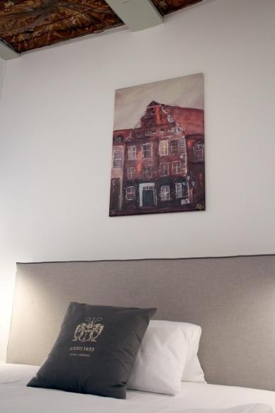 Bett in Zimmer 9