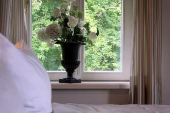 Fensterbankdeko Schlafzimmer