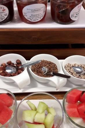 Obst und Cerealien Frühstück