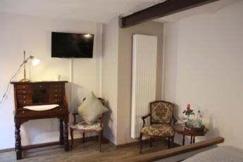 Möbel im Zimmer