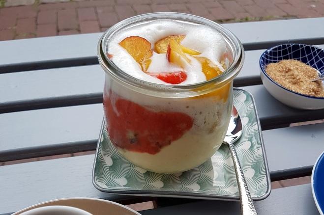 Dessertkuchen im Glas