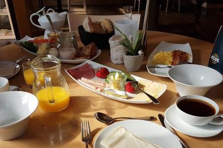 Frühstück am Platz